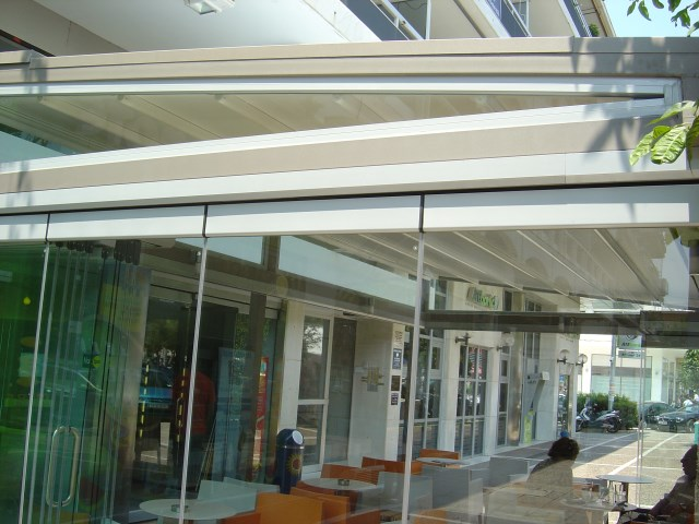 Frameless folding panels DOOR FOLD